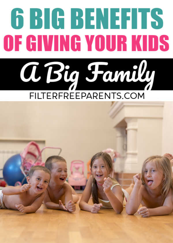 There are lots of struggles that come with having lots of kids. But there are some big benefits to having a big family, and giving your kids the gift of siblings. #bigfamily #siblings #motherhood #filterfreeparents #momlife
