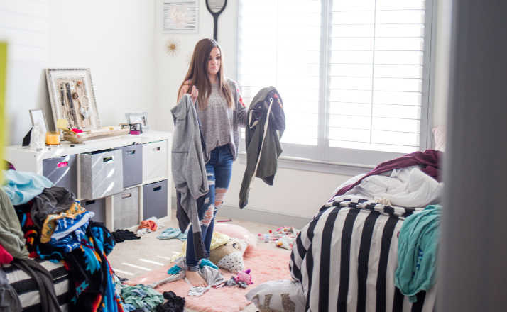 Do you wonder how to help your kids keep their room organized? Or how it can always be a mess? Here are 7 Theories that will make you laugh out loud. #momlife #humor #motherhood #mess #organization