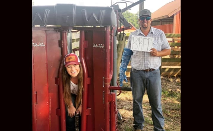 Farming Couple Shares Unique Pregnancy Announcement And The Internet Has Thoughts Lots Of Them Filter Free Parents