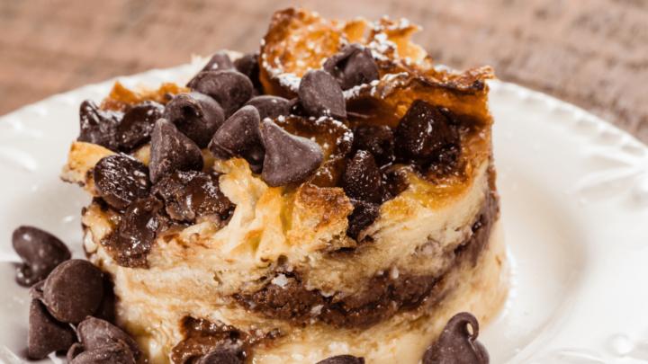 Crock Pot Dark Melted Chocolate Fudge Caramel Bread Pudding