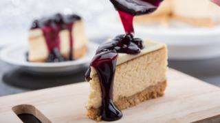 Luscious Crock Pot Cheesecake